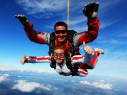 Прыжки с парашютом и полеты